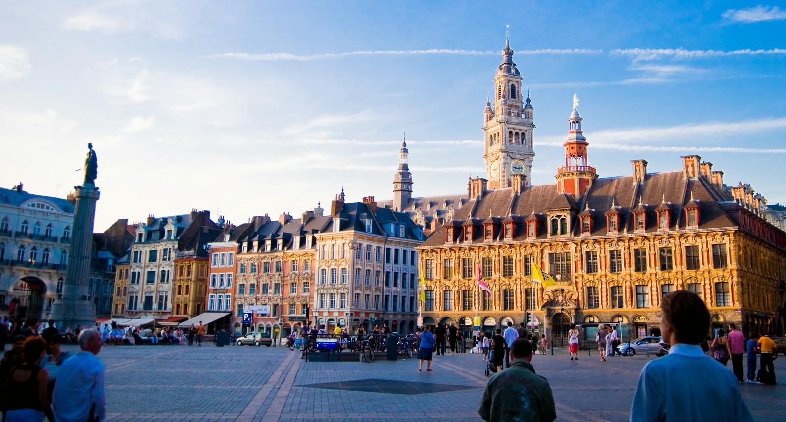 L'agence de chatbot et SEO Clustaar ouvre à Lille
