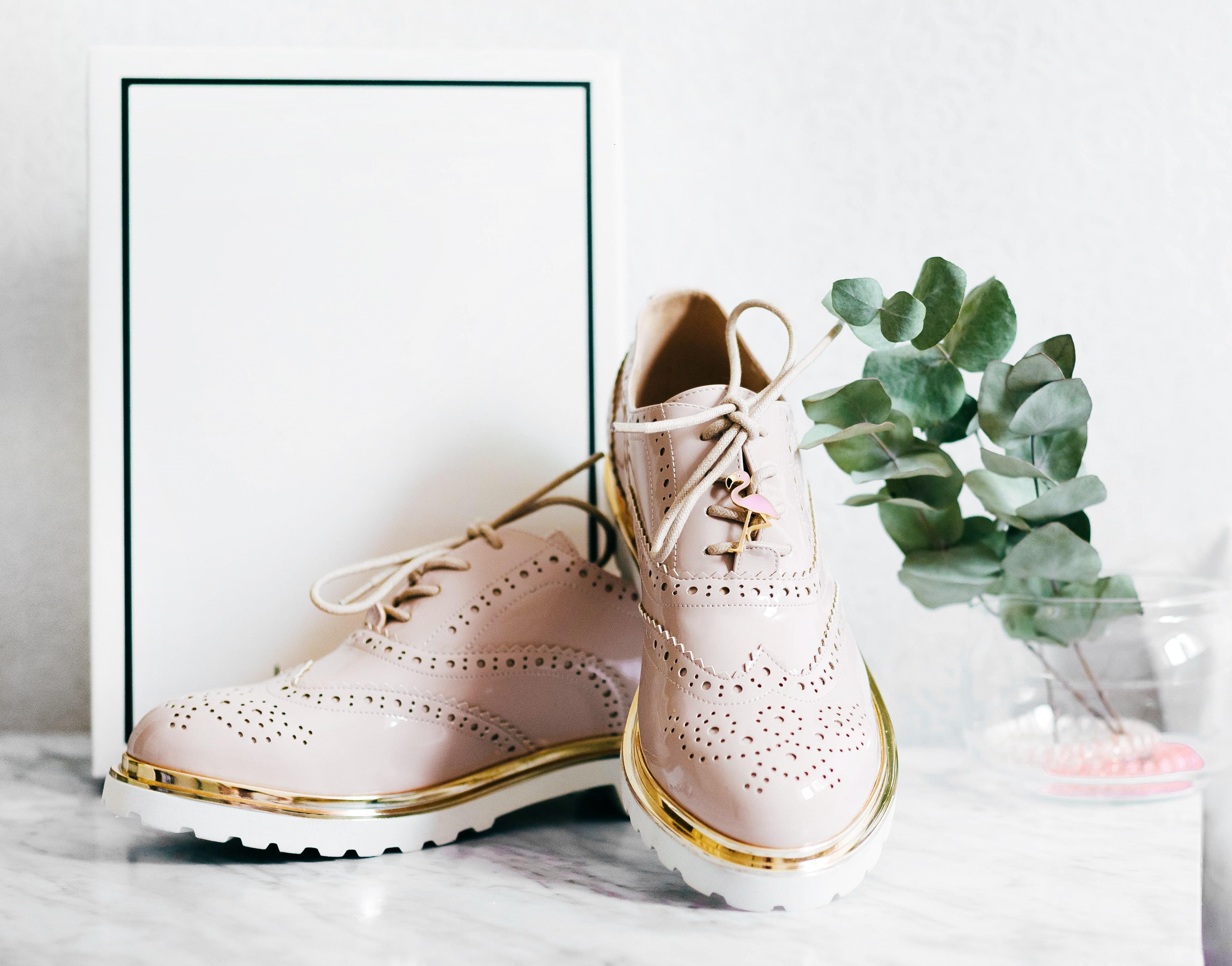 Étude sémantique : Le marché de la chaussure pour femme